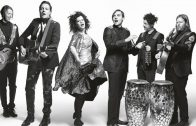Arcade Fire estrena video doble Money + Love