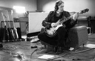 Peter Buck, guitarrista de R.E.M anuncia nuevo proyecto musical